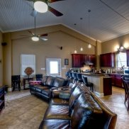 Vacation-Rentals-New-Orleans-Fishing-Camps-in-New-Orleans-Hunting-Lodge-New-Orleans-Three-Palms-Lodge-New-Orleans-Louisiana(11)